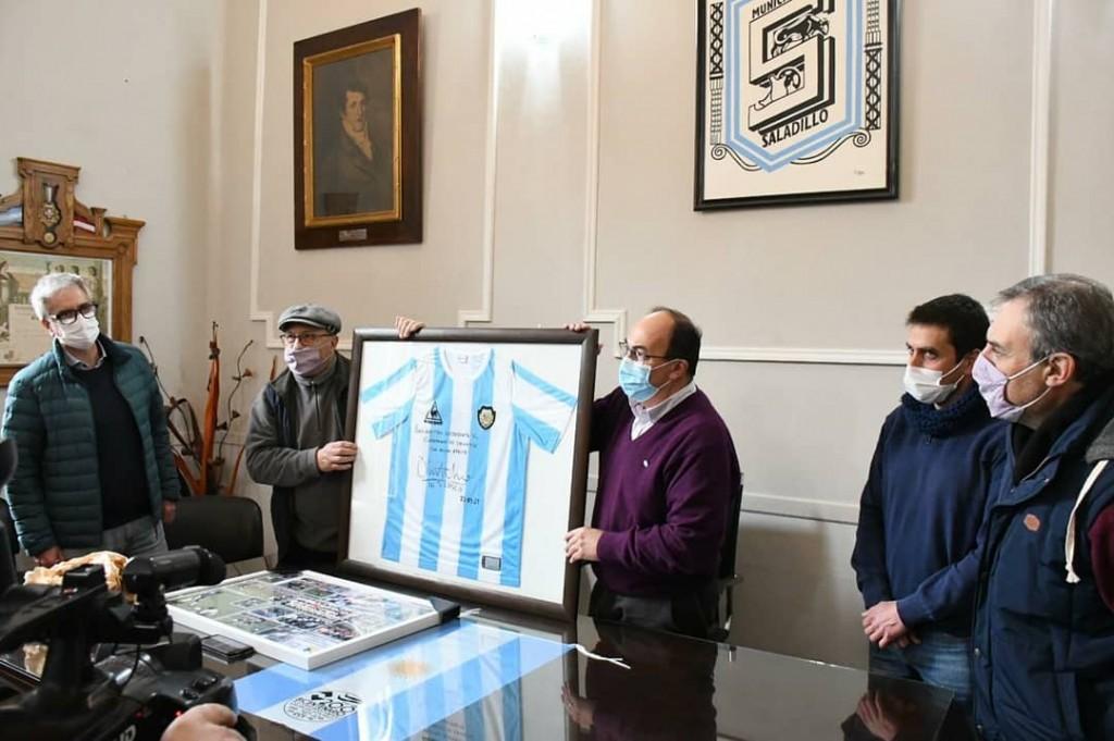 Olarticoechea fue homenajeado por la Municipalidad de Saladillo