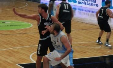 Argentina le ganó a Uruguay en Olavarría. Marcos Delía integró el cinco inicial