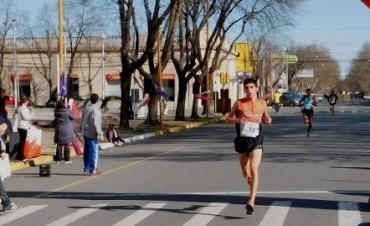 El veinticinqueño Miguel Guerra ganó la Maratón Aniversario de Saladillo