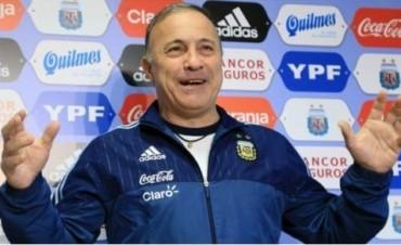 """Simplemente Vasco: """"Estaba comprando lechuga para un asado cuando me avisaron que sería el técnico de la selección"""""""