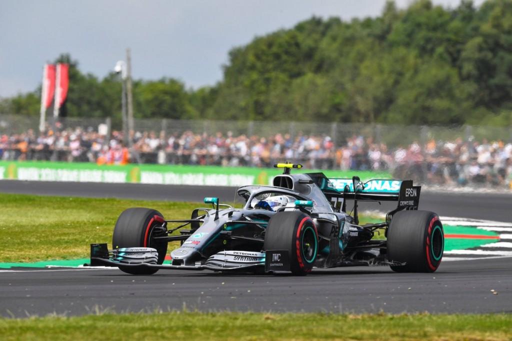 Bottas comandó el viernes de Silverstone