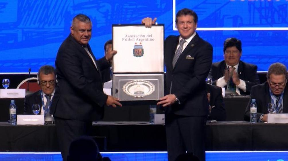 La Conmebol hechó a Claudio Tapia del Consejo de la FIFA