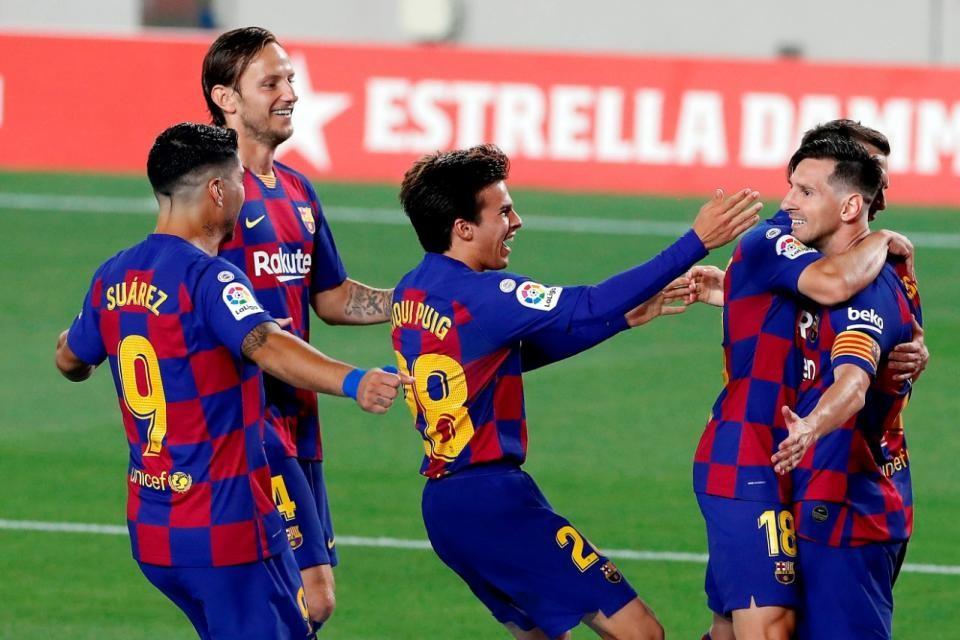 Barcelona goleó como visitante a Villarreal para calmar las aguas