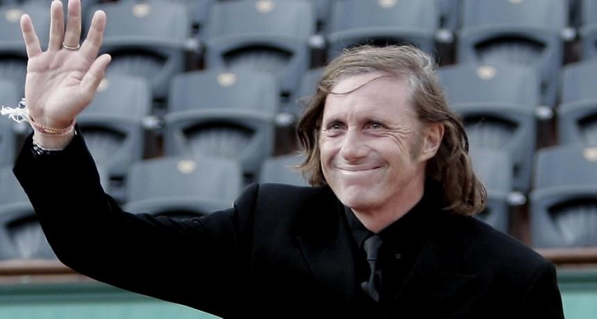 Vilas, capitán honorario de Copa Davis y embajador mundial del tenis argentino