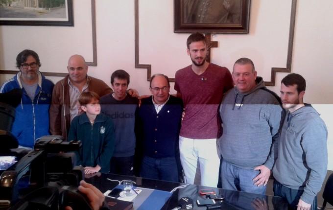 Junto al Intendente Salomón fue presentado el evento de la selección argentina de básquet silencioso