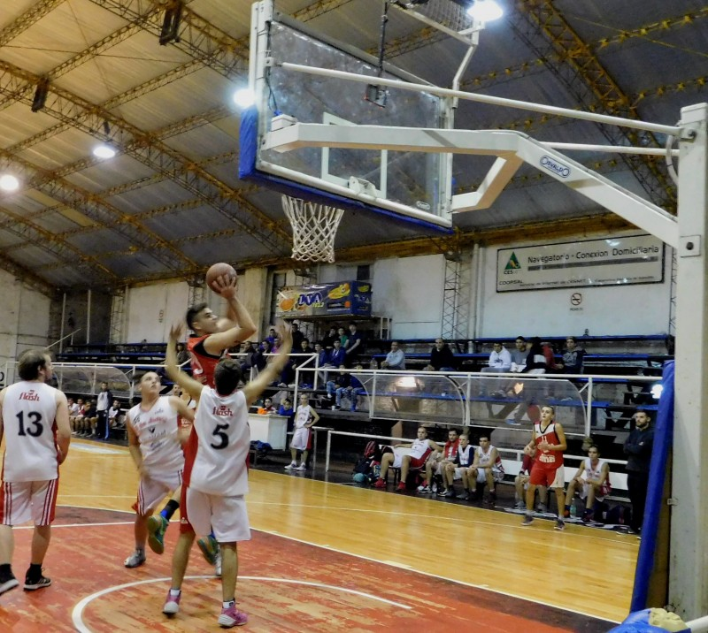 Ciudad juega hoy en Chivilcoy por el Torneo de Primera División