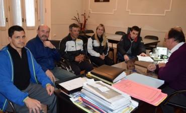 Autoridades del Club Huracán hablaron sobre el proyecto del SUM con  Salomón y funcionarios de Deporte