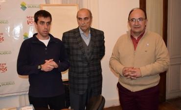 El ex árbitro Carlos Coradina dio charla en Saladillo