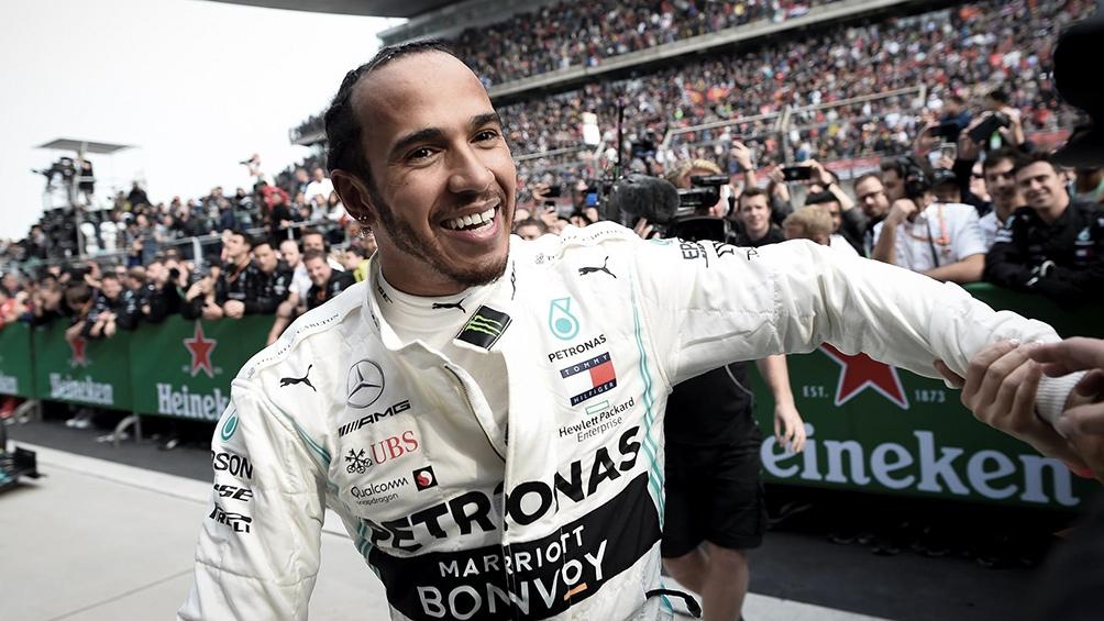 Hamilton apeló a la estrategia y se quedó con el Gran Premio de Hungría