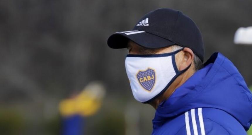 Hasta las manos: El médico de Boca confirmó el contagio de los arqueros