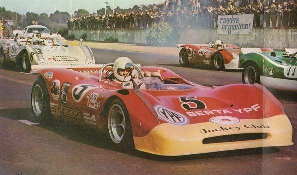 Efemérides: Se cumplieron  50 años del gran festival automovilístico en el Autódromo de Las Flores