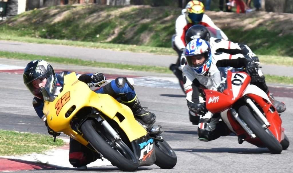 Jóvenes saladillenses en el Top Ten del Superbike Argentino