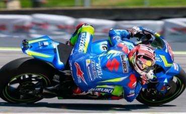 Maverick Viñales hace historia con la Suzuki en Silverstone