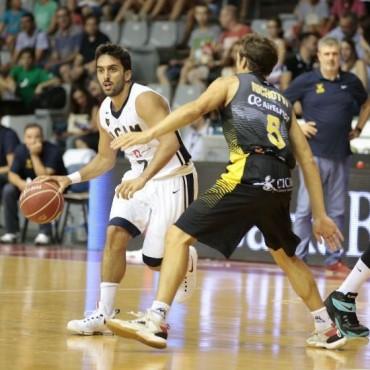 Gran partido de Marcos Delía y Campazzo en el Murcia
