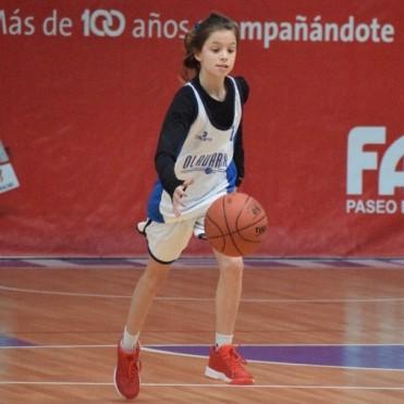 Con 10 puntos de Belén Rojas, Comercio de Alvear ganó en el debut