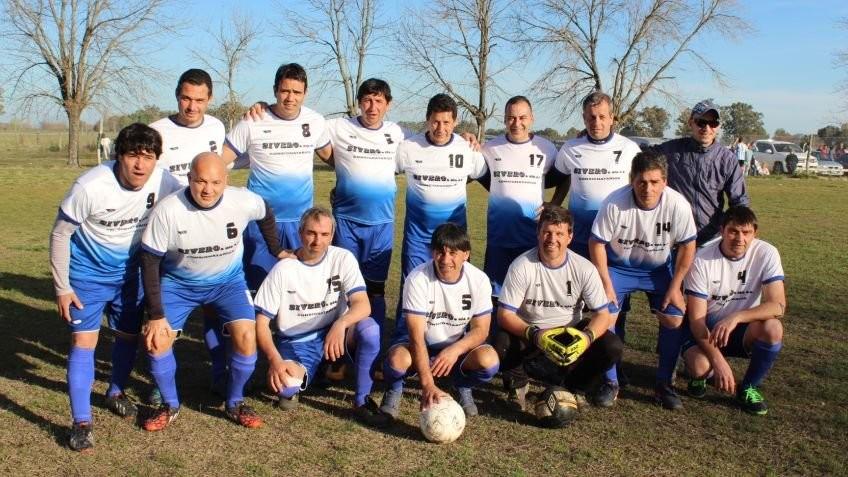 Argentino también en la punta del Torneo de Veteranos