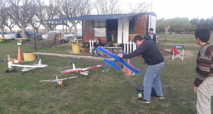 Hubo actividad de Aeromodelismo en el Saladillo Automóvil club