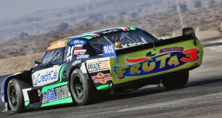 Bruno corre en el Autódromo Ciudad de Paraná (Entre Ríos)