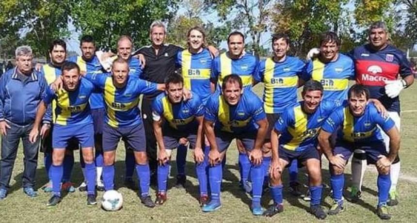 Defensores de la Chacarita y Jacobo Urso juegan la final de Veteranos