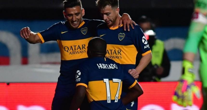 Boca derrotó a San Lorenzo en el clásico y recuperó la cima de la Superliga