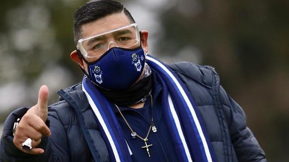 Maradona aguarda la llegada de un refuerzo y prepara el primer amistoso