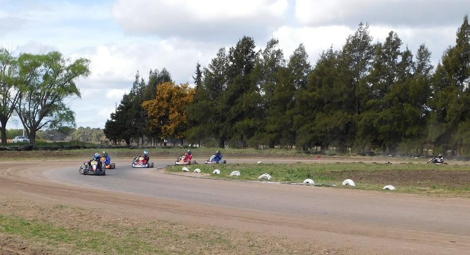 El Karting, la actividad de moda en Saladillo