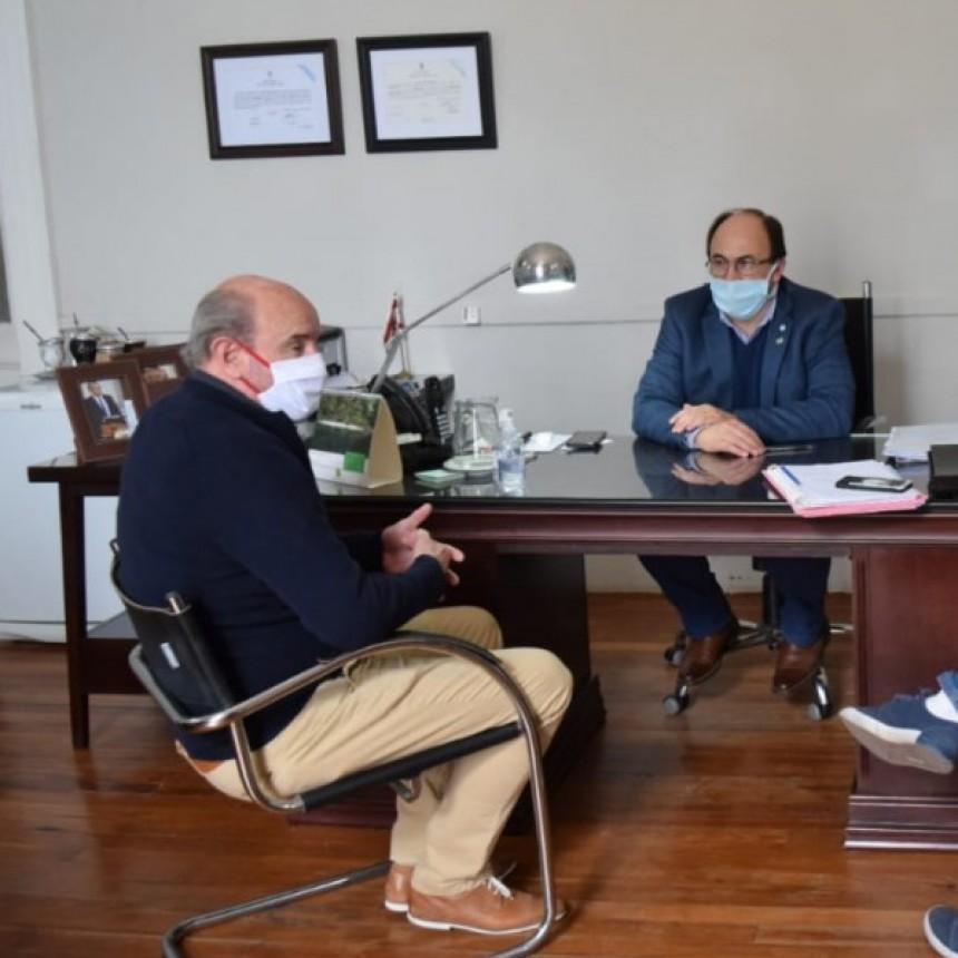 REUNIÓN CON INSTITUCIONES DEPORTIVAS EN SALADILLO