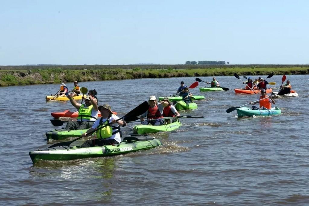 Laguna Indio Muerto: Se llevó a cabo una importante travesía en Kayak