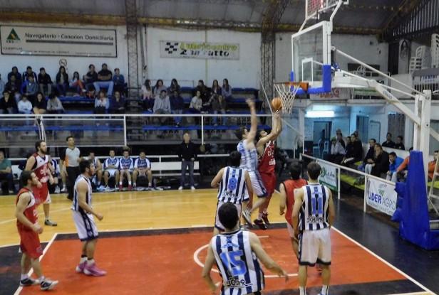 Kappa Ciudad de Saladillo le ganó a El Linqueño 85 a 65