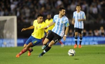 El peor debut: Argentina jugó mal y perdió con Ecuador en el Monumental