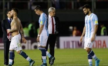 Argentina empato con Paraguay en pobre desempeño