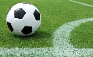 El puntero Argentino ante Huracán en la octava fecha del Clausura