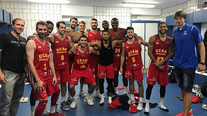El Ucam Murcia de Marcos Delía no pudo con el campeón