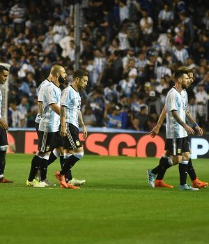 Ni la mística de la Bombonera calentó el pecho de los jugadores Argentinos