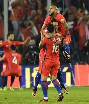 Chile ganó y complica las chances de Argentina de ir a Rusia