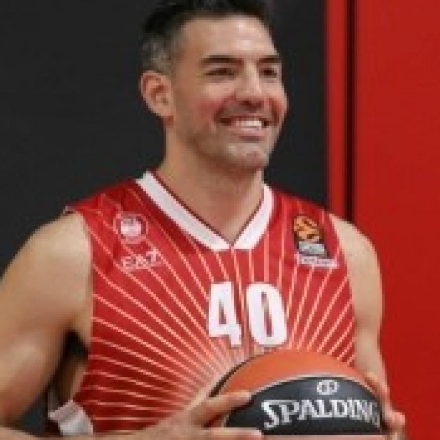 Luis Scola se entrenó por primera vez en Olimpia Milano de Italia