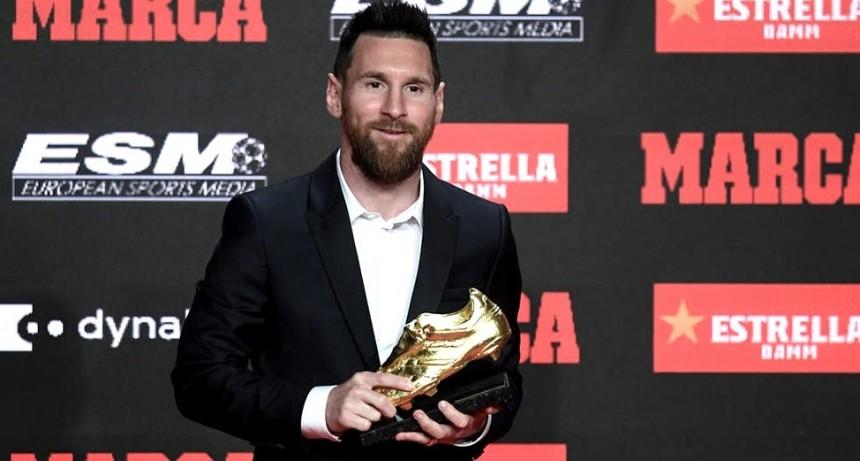 Messi agradeció a sus compañeros de Barcelona al recibir su sexto Botín de Oro