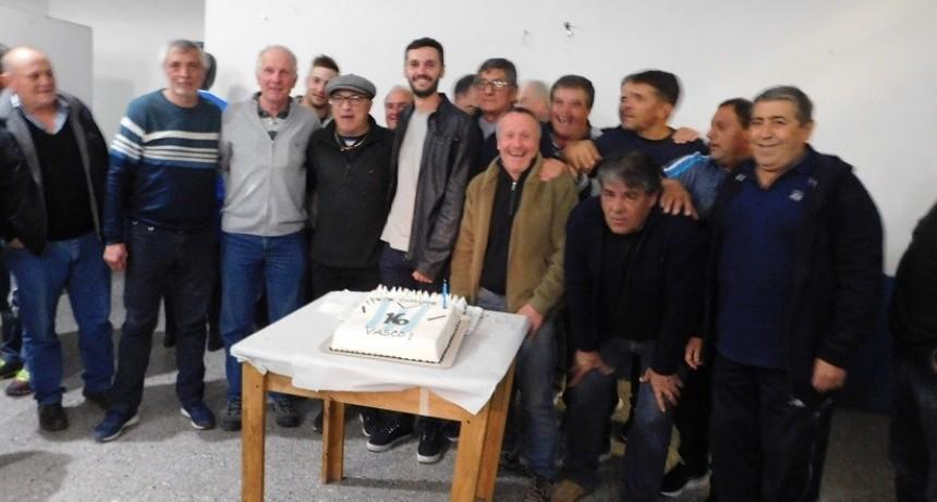 Vasco Olarticoechea agasajado por amigos y simpatizantes del club Argentino