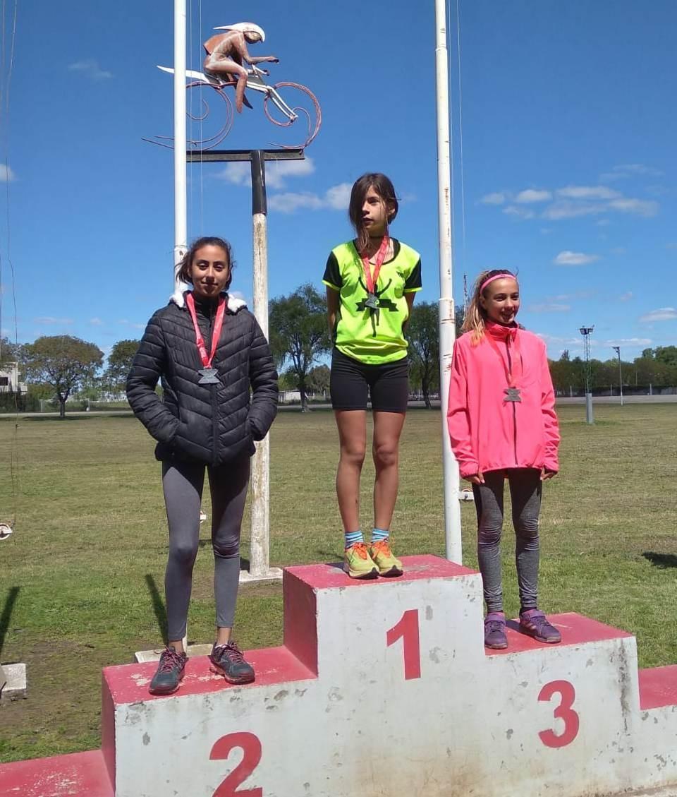 Atletismo: Fanny Perazzo subió a lo más alto del podio en Casares
