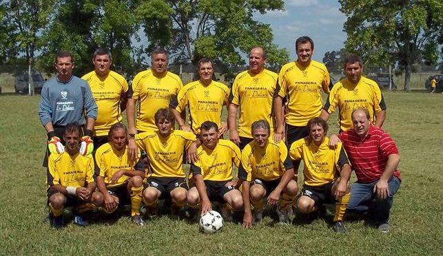 Urso, Barrancoseños, Mangrullo y Riestra son semifinalistas del Clausura