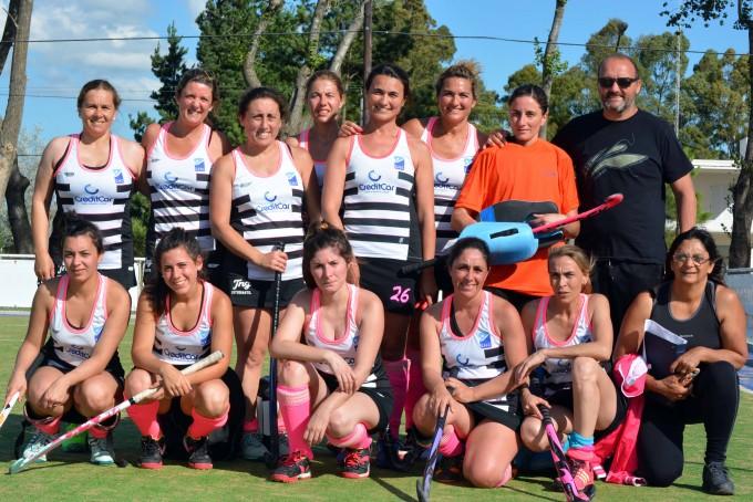Veteranas del Saladillo Hockey a la final ante Boca de Azul