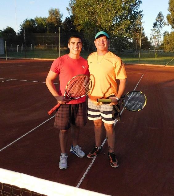 Se está llevando a cabo Torneo de Tenis en Saladillo