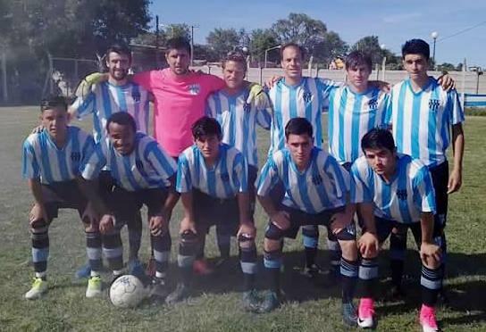 Apeadero le ganó a Huracán y Defensores FC igualó con La Lola