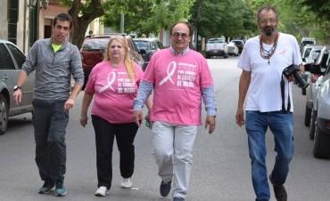 Salomón participó de la Correcaminata por la prevención del cáncer de mama