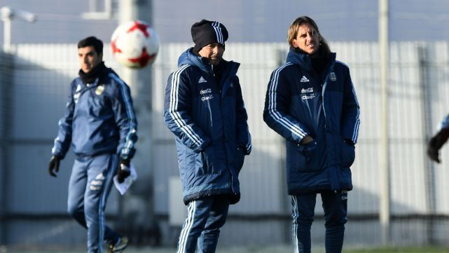 Argentina enfrenta hoy a Nigeria sin Messi