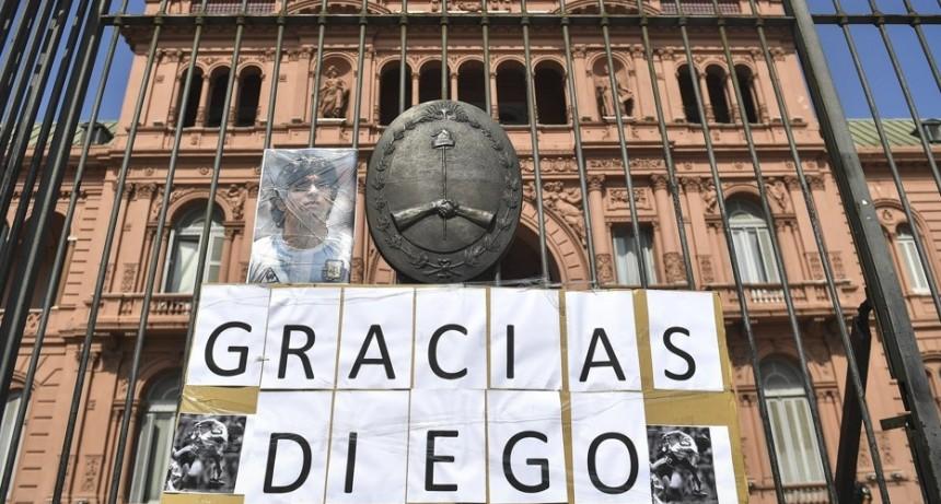 Se espera una multitud en el velatorio de Maradona en Casa Rosada