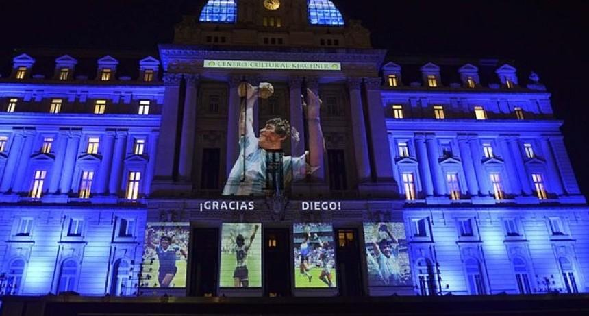 El último gol del Diego: miles de personas lo despiden en la Casa Rosada