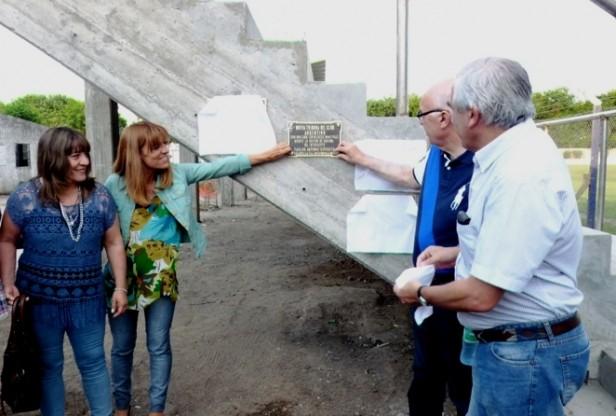 Argentino inauguró una nueva tribuna en el Adolfo Canteli