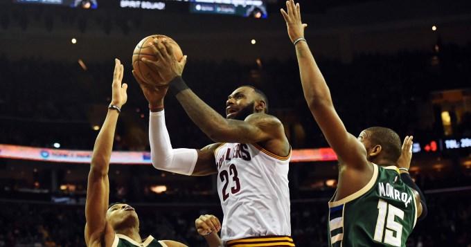 Lebron sigue haciendo historia en la NBA