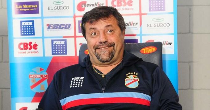 Caruso denunció penalmente a Julio Grondona (h)